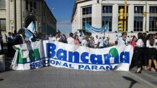 Bancarios advirtieron que harán paro de 48 horas si no se mejora la oferta salarial