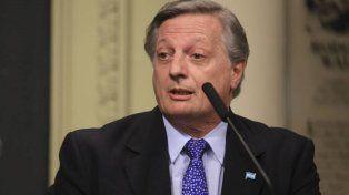 Aranguren dijo que repatriará su dinero cuando recupere la confianza en Argentina