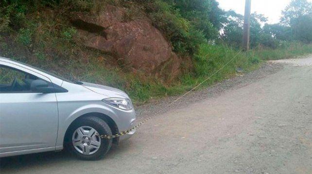 Una argentina murió en Brasil cuando intentaba empujar un auto en un morro