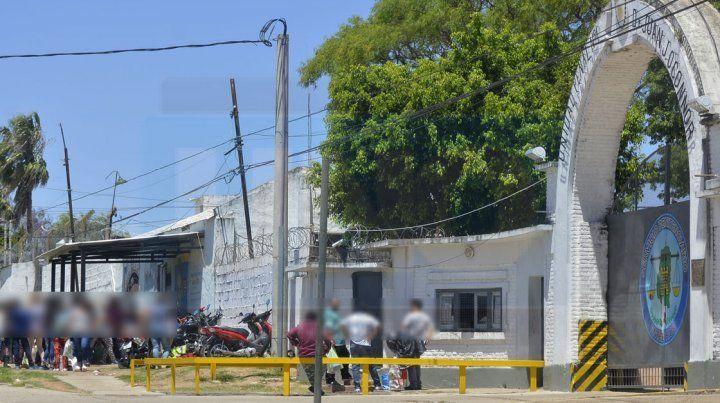 Dos internos se atacaron con armas blancas en el patio de la cárcel de Paraná