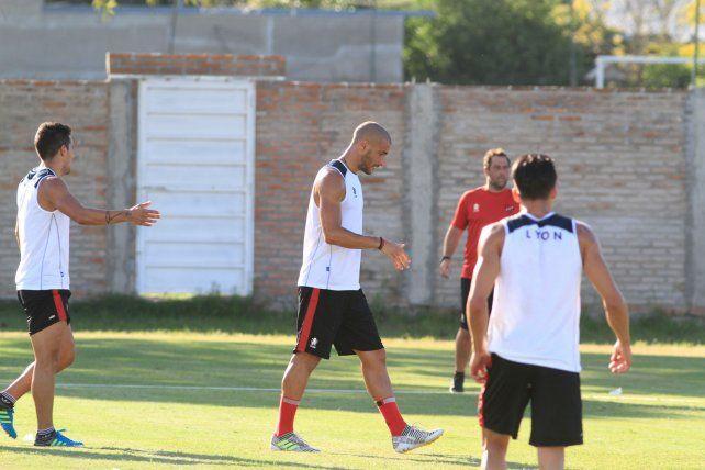 Sin participación. El goleador uruguayo no fue parte de los ensayos informales de la semana.