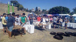 La paella gigante fue parte de los aromas y sabores de la Semana Santa en Paraná