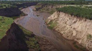 Sorpresa en el mundo por la aparición de un río en Argentina de la noche a la mañana