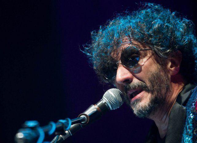 Al frente.El músico argentino Fito Páez posa para una sesión fotográfica el 21 de marzo en México.