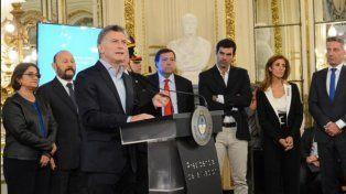 Retiros voluntarios para estatales: Macri oficializó el plan a través de un decreto