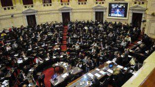Todo indica que será ley la limitación de aumentos. El oficialismo adelantó que el presidente Macri la vetará. Miguel Pichetto dijo que es un mensaje político para el Gobierno nacional.
