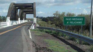 Error en la cartelería: Ahora el puente Paso Medina es Paso Mediano