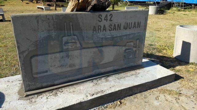 Parquización. El monumento forma parte de un proyecto de recuperación de un predio. Foto: Javier Aragón