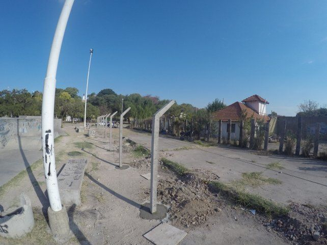 Las columnas delimitarán el espacio. Foto UNO.