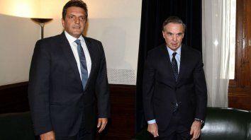 Los encuentros entre Massa y Pichetto -el último fue el martes- se están dando con mucha asiduidad, ya que desde hace meses ambos trabajan sobre una serie de temas con el objetivo de construir una agenda en común.