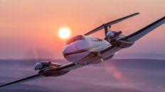 desembarca en parana un fabricante de aviones de ee.uu. para tentar a empresarios