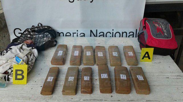 Hacia Buenos Aires. La droga era transportada desde Misiones y hubo una persona presa.