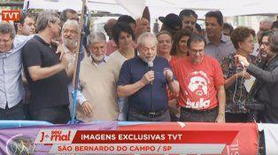 Lula da Silva anunció que cumplirá la orden de prisión