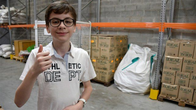 Santino visitó en la semana el banco de alimentos en Rosario.