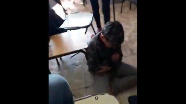 Te lo merecés por puto, el video del bullying a un nene de 12 años que se viralizó en las redes