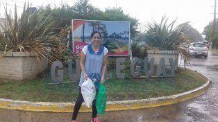 Con 320 kilómetros a cuesta. Lo docente llegó a Gualeguay y agradeció al fletero con un sonrisa eterna.