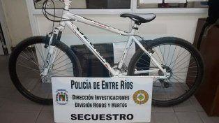Vendía por las redes sociales una bicicleta robada y lograron detenerlo