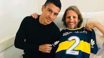 El gesto. Paolo llegó hasta la Fundación Favaloro y le dejó su camiseta.
