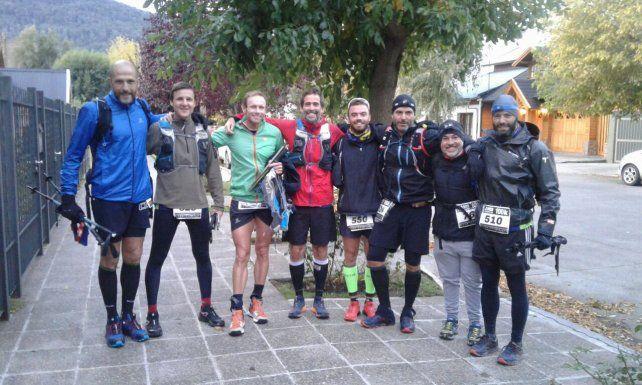 Hay equipo. Los atletas paranaenses que fueron parte de la travesía en las montañas de San Martín de los Andes regresaron a la capital entrerriana con la satisfacción del deber cumplido.