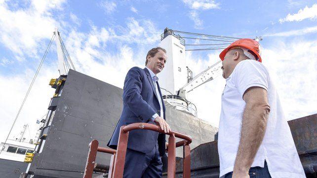 Entre Ríos le propone a Uruguay trabajar en conjunto por los puertos