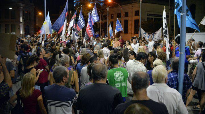El ruidazo contra el gobierno nacional también sonó en Paraná