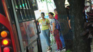 Quieren llevar el boleto de colectivo a 13,50 pesos