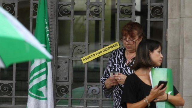 El Ministerio de Agroindustria cerró sus puertas y echa a 330 trabajadores