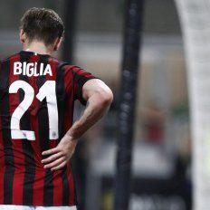 Biglia sufrió una fractura lumbar que pone en duda su presencia en el Mundial Rusia 2018 a 53 días de su inicio.