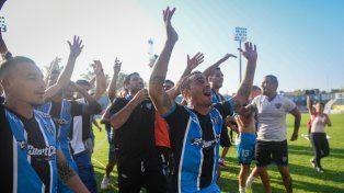 Así se define el primer ascenso a la Superliga