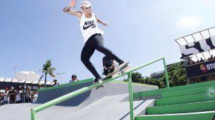 Leticia Bufoni forma parte del equipo brasileño en street.
