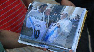 Una de las tantas fotos que tomaron en su visita al Vaticano Foto UNO Juan Ignacio Pereira
