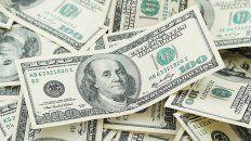 el banco central tuvo que hacer una venta record de dolares para frenar al tipo de cambio