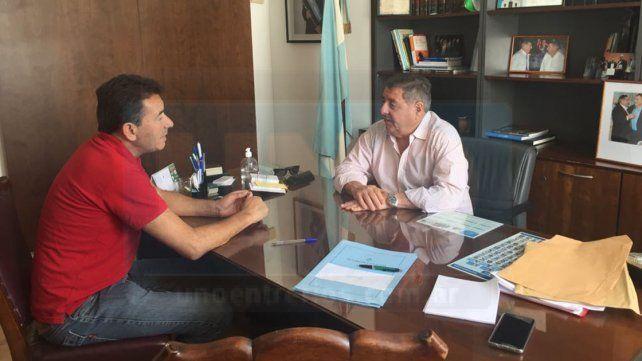Gestiones. El intendente de Diamante recibió el apoyo del senador De Angeli.
