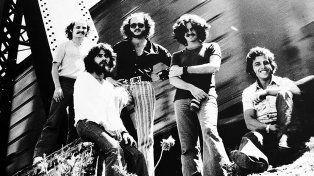Recorrido. El filme bucea en la historia de las bandas más emblemáticas de Santa Fe en los años 60 y 70.