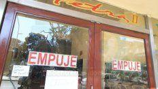 comedor de tenedor libre cerro sus puertas en parana y 14 empleados quedaron sin trabajo