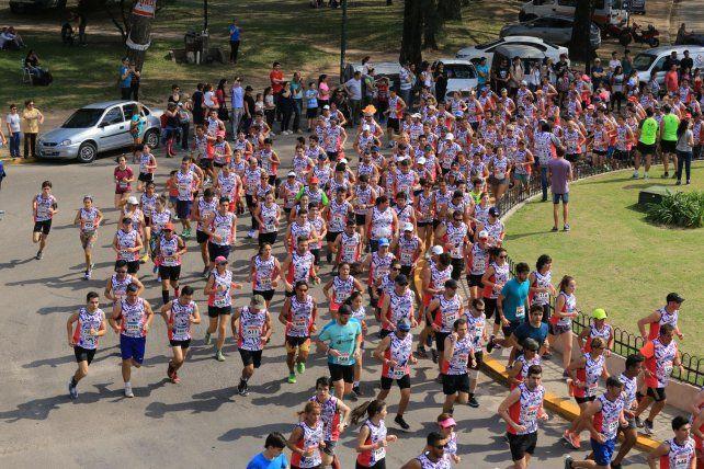 Pasión deportiva. En Paraná hay cada vez más adeptos a esta disciplina y los maratones suelen ser un éxito en convocatoria.