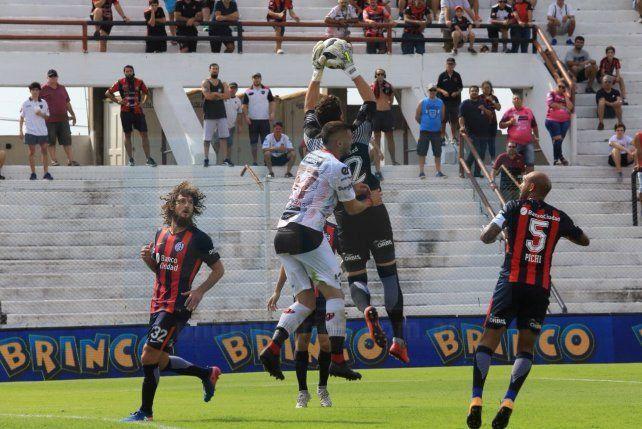Patronato no pudo con San Lorenzo y empató en el Grella