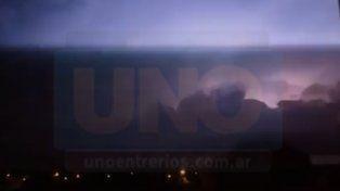 VIDEOS: Así llegaba la tormenta a Paraná