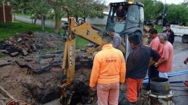 Este lunes barrios de Paraná quedaron sin agua por la reparación de un caño