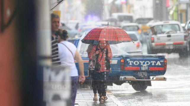 Renovaron alerta por tormentas fuertes y un aviso a corto plazo por granizo