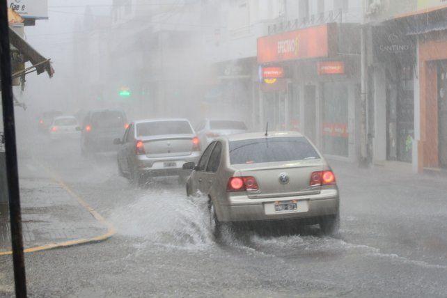 Rige un alerta por tormentas fuertes para Entre Ríos