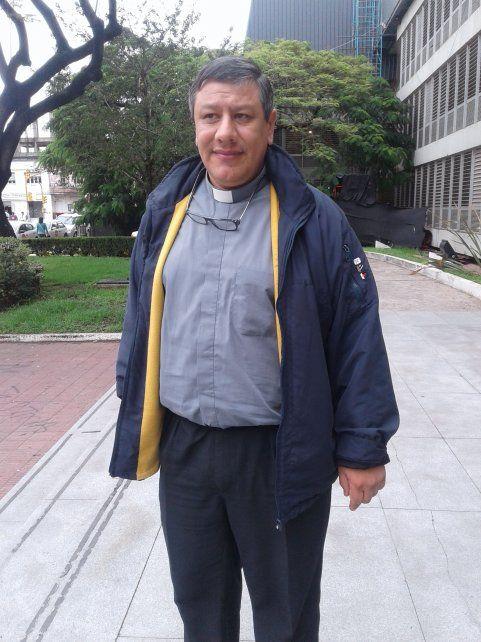 Actitud. El sacerdote Zapata negó haber conocido situaciones de abuso y dijo que reza para que haya justicia.