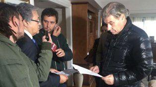 A días de su regreso a la televisión, allanaron la casa de Víctor Hugo Morales