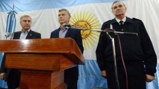 Analizan citar otra vez al ministro Aguad por la desaparición del submarino