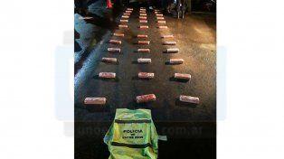 Incautaron 35 kilos de marihuana que era trasladada a Paraná
