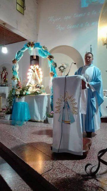 La lluvia no detiene la fiesta patronal de la Virgen de Luján