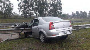 Terrible accidente bajo la lluvia en la ruta nacional 14