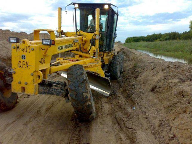 La Dirección Provincial de Vialidad (DPV) informó que los caminos de ripio y brosa se encuentran muy pesados y se recomienda evitar los de tierra.