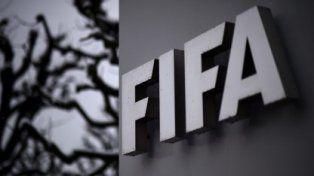 FIFA multa a Rusia por cánticos racistas a poco más de un mes del Mundial