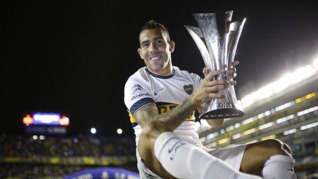 Tevez, el segundo argentino con más títulos en la historia
